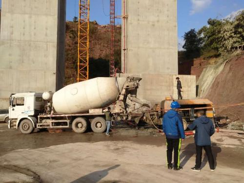 宇泰重工混凝土车载泵
